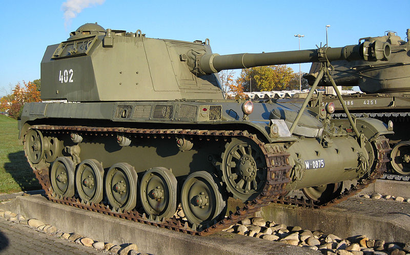 Panzerhaubitze AMX 13 SPG (4 built and tested) based on the AMX-13.