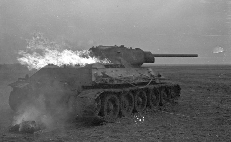Burning T-34 in Russia - Credits: Bundesarchiv
