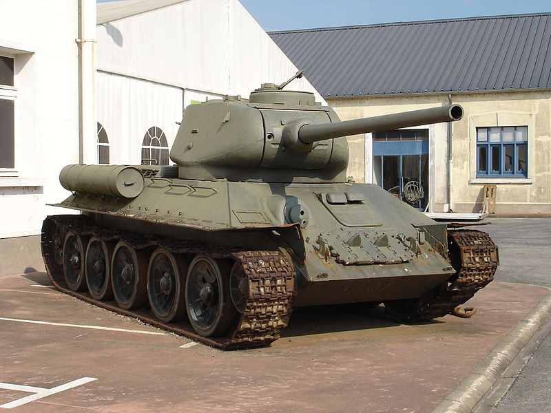 T-34/85 at the Saumur Museum