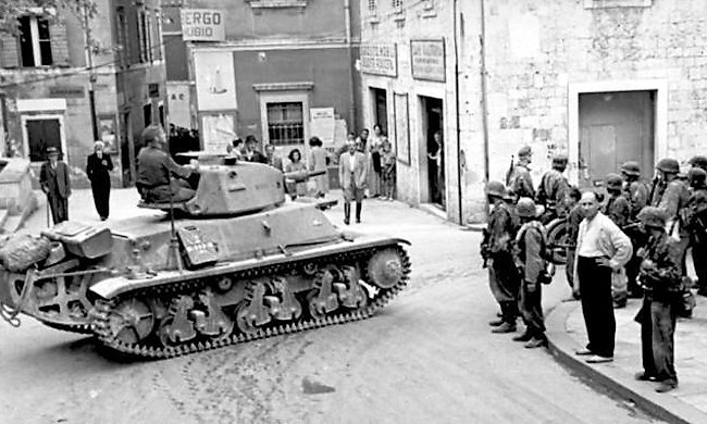 Hotchkiss H39 Tank being used for Policing duties in occupied Yugoslavia