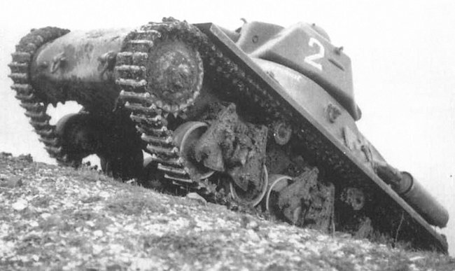 No.2, 1er RC French Army Hotchkiss H39 Tank Chassis number 40649
