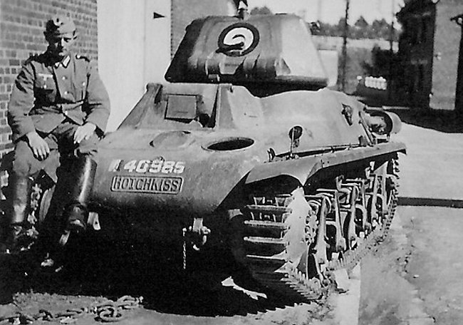 Notice the French roundel on the rear of the turret of this Captured Hotchkiss H39 tank