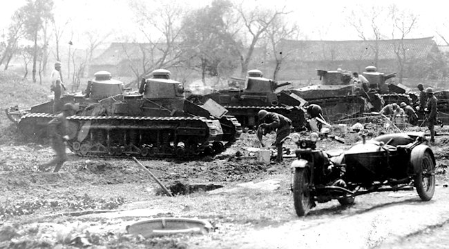 japanese Renault NC-27 tanks of the 1st Regiment on Exercise in Kurume.
