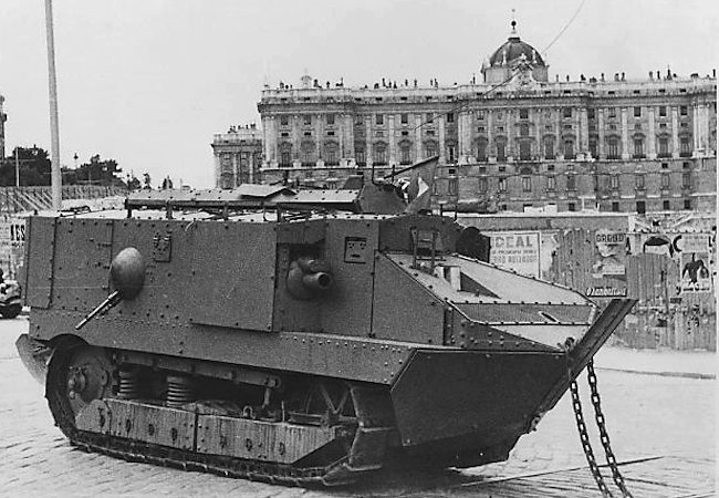 Spanish Schneider CA-1 tank in Barcelona