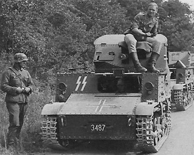 ss t13 B3 tanks