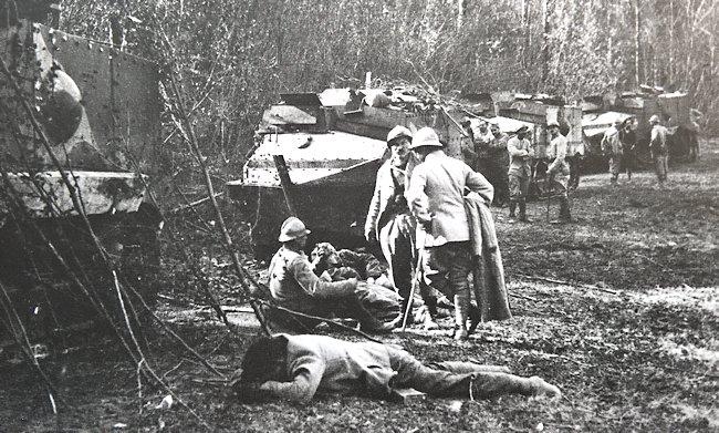 French tank the Char Schneider CA-1 tank crew