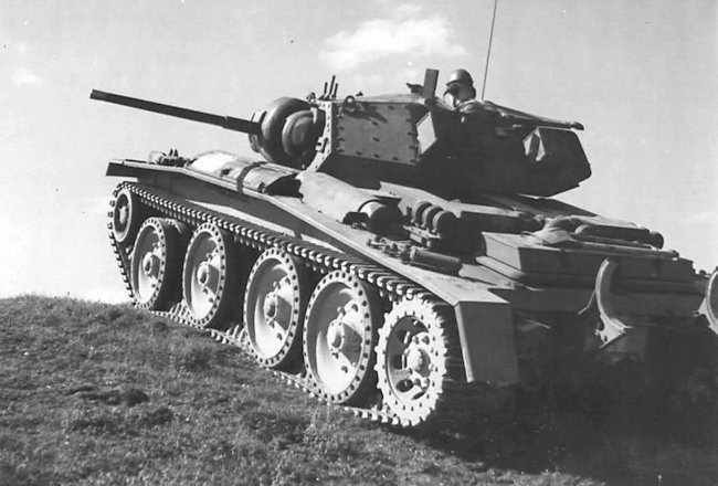 Covenanter tank on a training exercise in Britain during WW2
