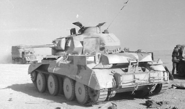 Destroyed Mk.IV during the North African campaign, 1941 - Bundesarchiv