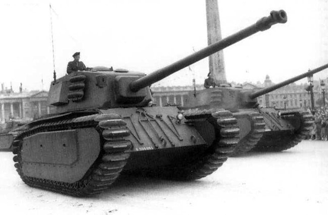 [Obrazek: arl44-tank-france-cold-war-basitlle-day-parade-1951.jpg]