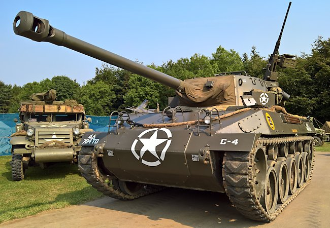 Restored M18 GMC Hellcat tank destroyer at the Military Odyssey event in southern England.