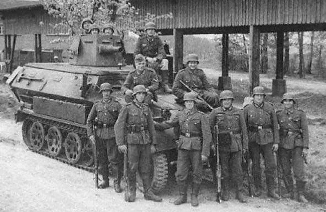 Sd.Kfz. 251/1 Ausf. A mittlere Schützenpanzerwagen Hanomag