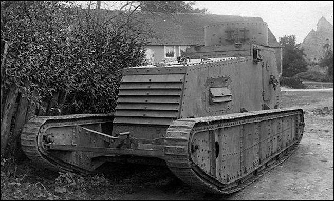 German LK I light tank prototype from 1918 armed with a 7.9 2mm machine gun. Maximum road speed 11 mph
