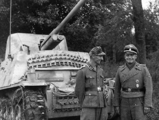 Marder II with extra track