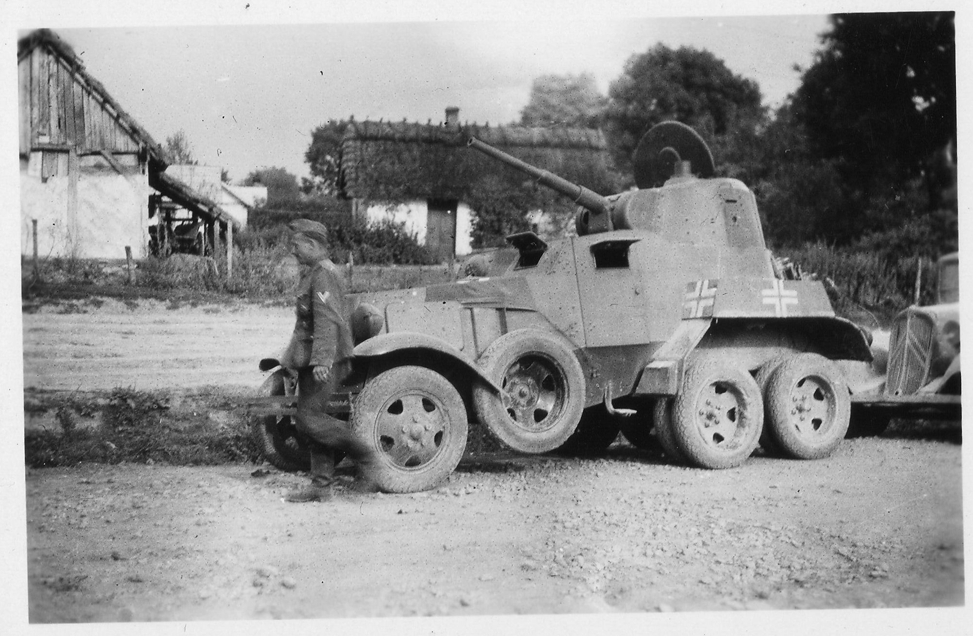 A German captured BA-10M