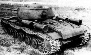 Rear view of a KV-85