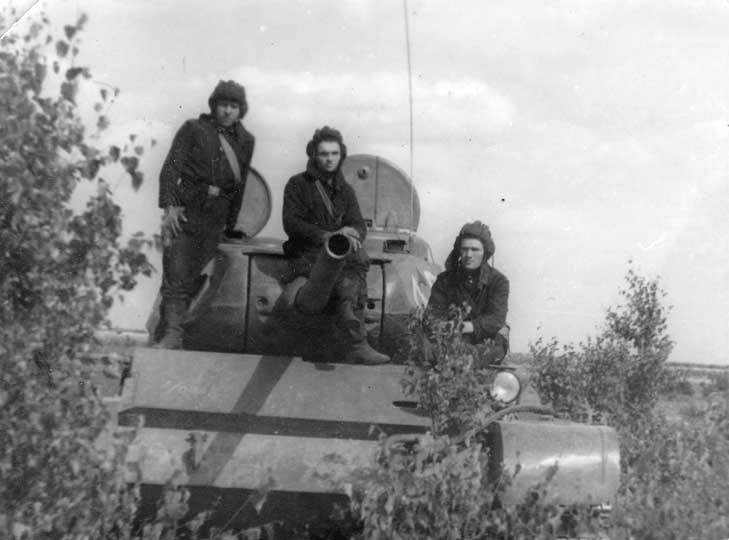A T-44 serving with the GSFG.