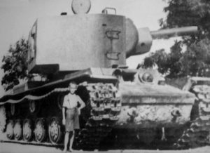 A child next to the KV-2