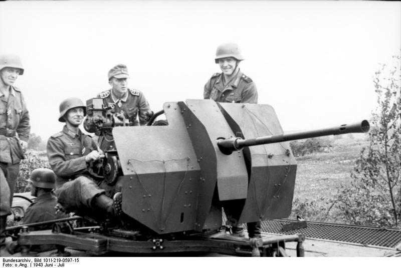 Closeup of the Flak 38 in Russia