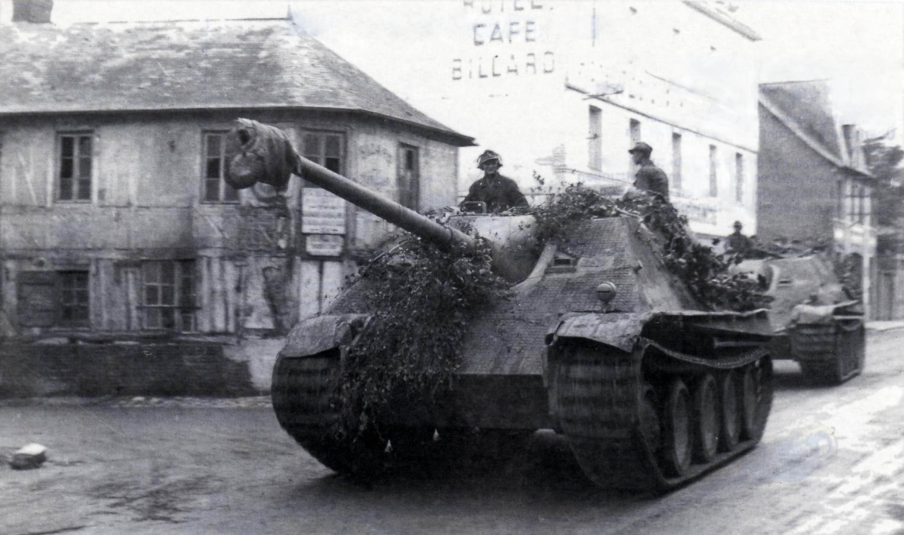 Jagdpanthers in France