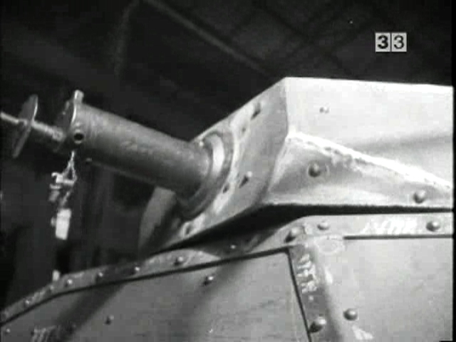 A UNL-35 being prepared at the factory. It appears to have a water-cooled MG08 installed in the turret.