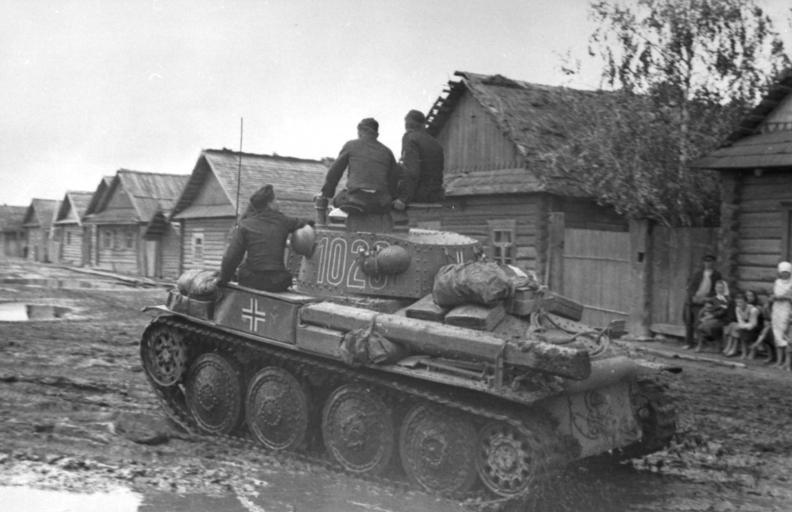 A Panzer 38(t) in June 1941, during the early days of Operation Barbarossa.