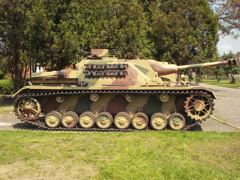 Side profile, StuG IV