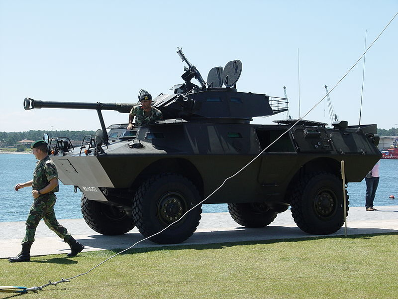Cadillac_Gage_V-150_do_Exercito_portugues