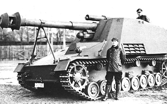 Hummel 150mm SPG Prototype with large muzzle brake