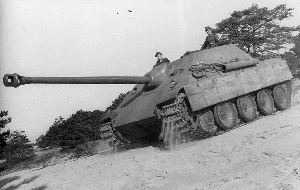 Jagdpanther at Mailly-le-Camp, France, 1944