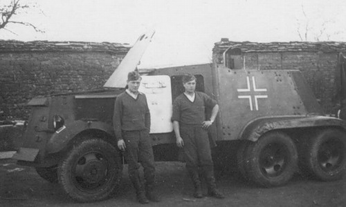 German conversion of an AAC-1937 into a turretless vehicle. This photo was likely taken around Moscow, winter, 1941-2.