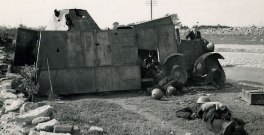 Showing its improvisation, this Armored ADG differs from the other two photographed by having a far more squat turret with 5 sides. This photo also clearly demonstrates the type of access that the truck had.