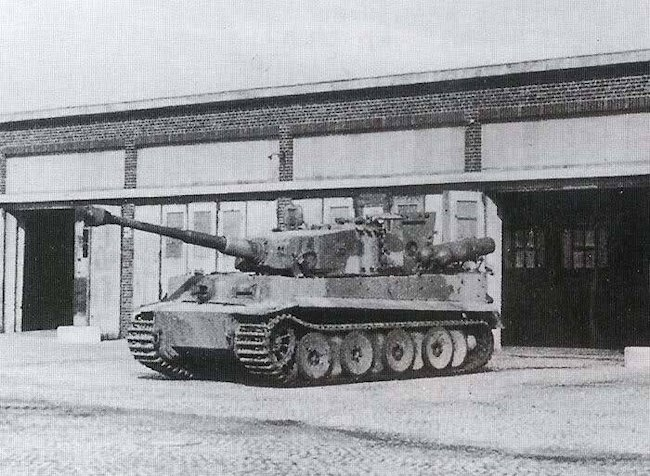 Tiger tanks that were converted to be powered by Stadtgas. The four compressed gas cylinders were fixed to the rear of the vehicle, two on each side.
