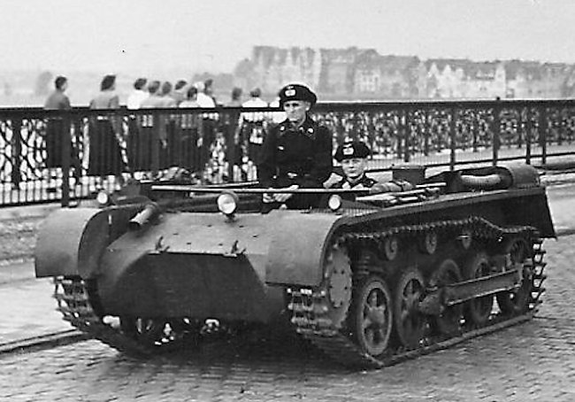 The first Panzer I batches were delivered without superstructure or turret, to be used as driver training vehicles.