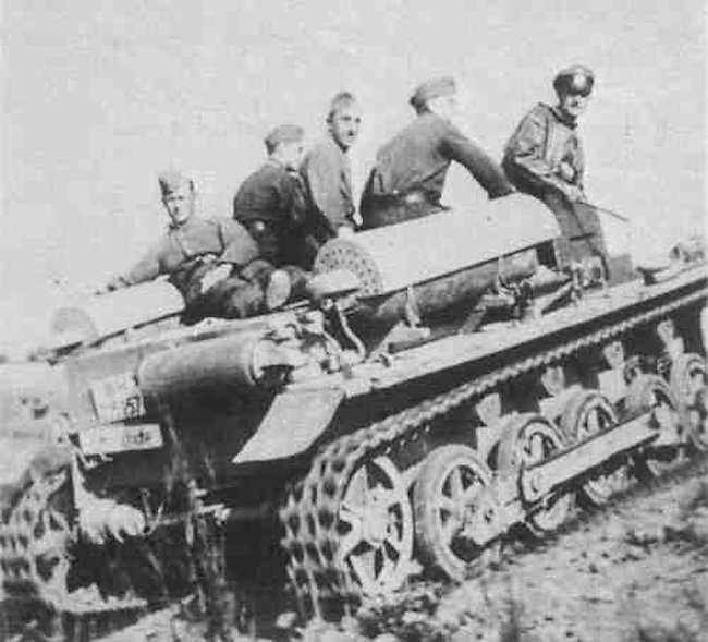A Fahrschulepanzerwagen I Ausf.B with what looks like a Stadgas generator.