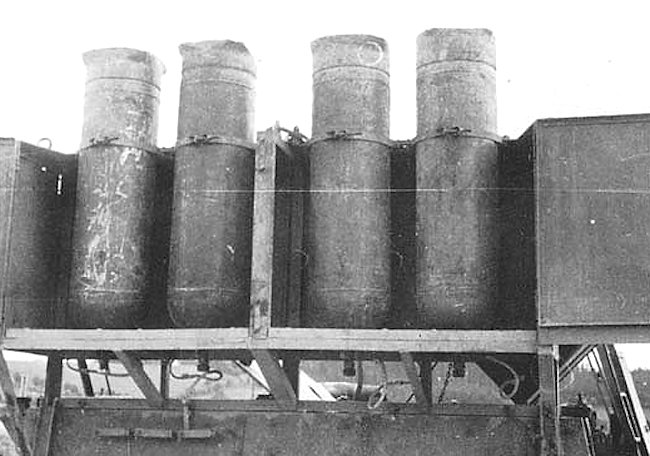 A better view of the cylinders from the rear.