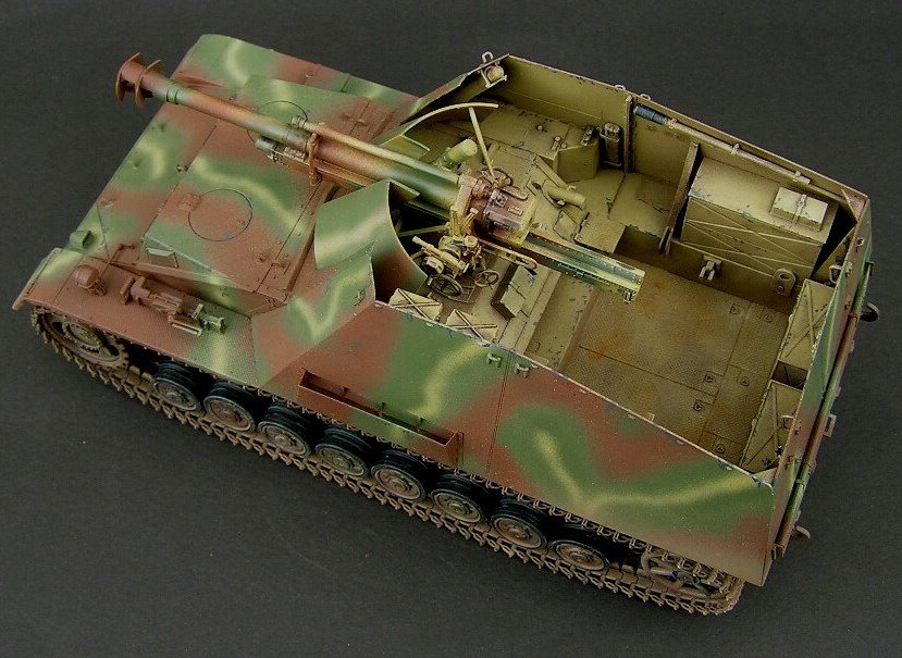 10.5cm Hummel-Wespe SPG model