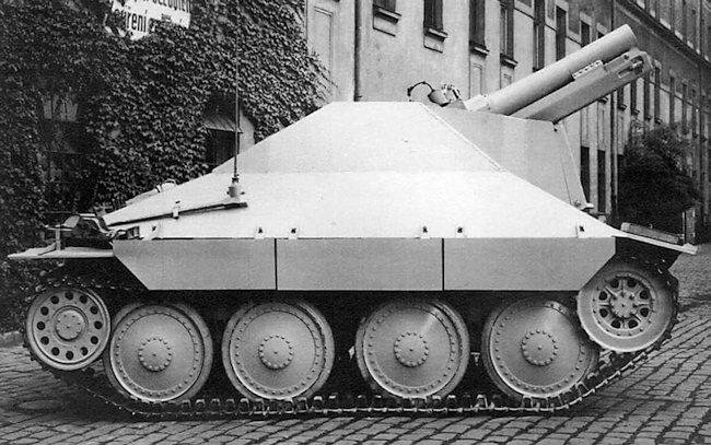 15cm SiG33/2 (Sfl) auf Jagdpanzer 38(t)