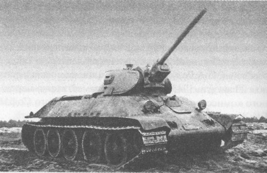 This photograph is often presented as one of the T-34/57 prototype. However, comparison with the actual photos of the prototype reveals that the barrel is too short and too wide to be a 57 mm ZiS-4. It is in fact a photograph of the prototype of the T-34 fitted with the F-34 76 mm gun