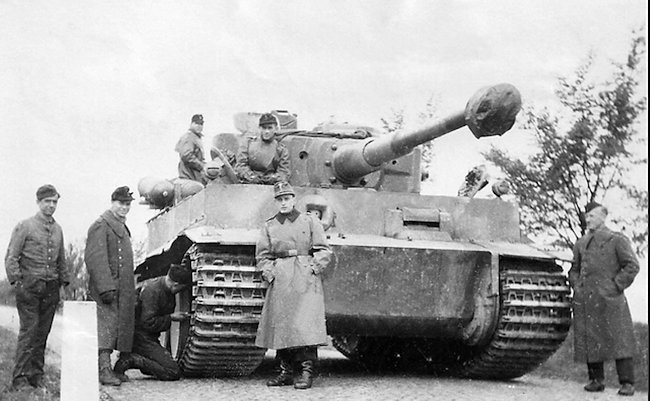 Fahrschulepanzerwagen VI Tiger tank with mechanical problems. The Stadtgas cylinders can be seen at the back.