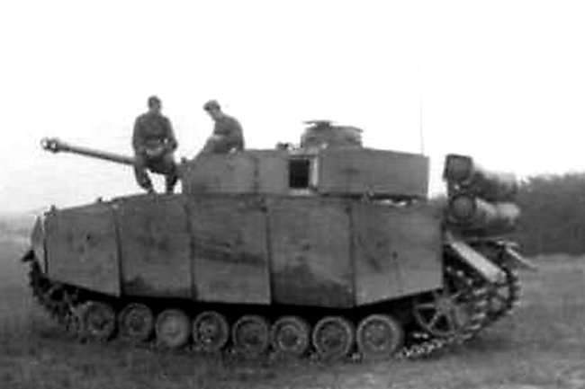 Another turreted Panzer IV, but with the gas cylinders fixed vertically at the rear. Also notice the full Schurzens.