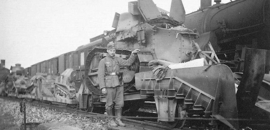 Various captured Polish armored draisines.