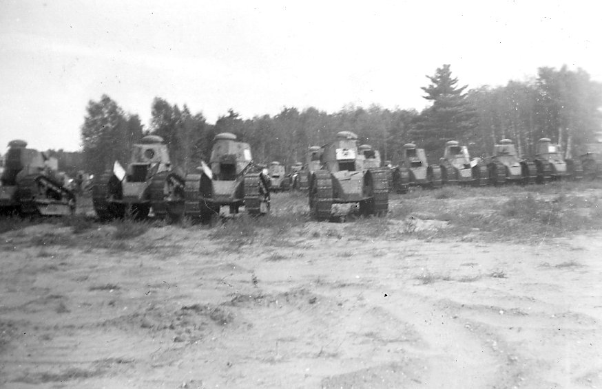 M1917 training tanks at Camp Borden Aug 1941, Canada
