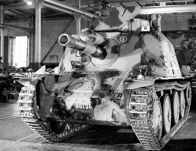 Stormartillerivagn m/43 (Sav m/43). It was equipped with the 10.5 cm (4.13 in) gun