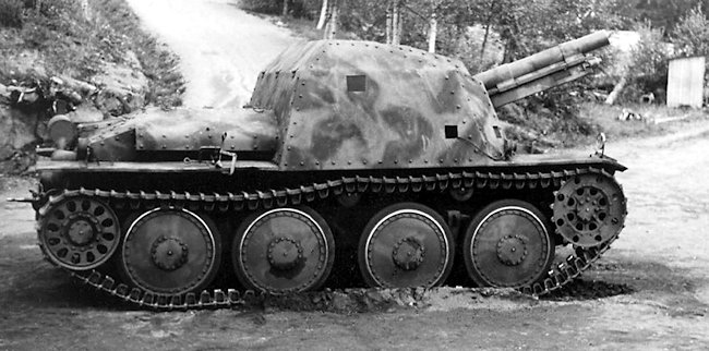 Prototype vehicle designated Pansarartillerivagn m/43 (Pav m/43).