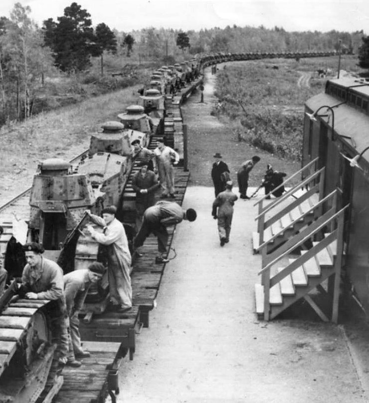 Canadian M1917 tank train arriving at Camp Borden