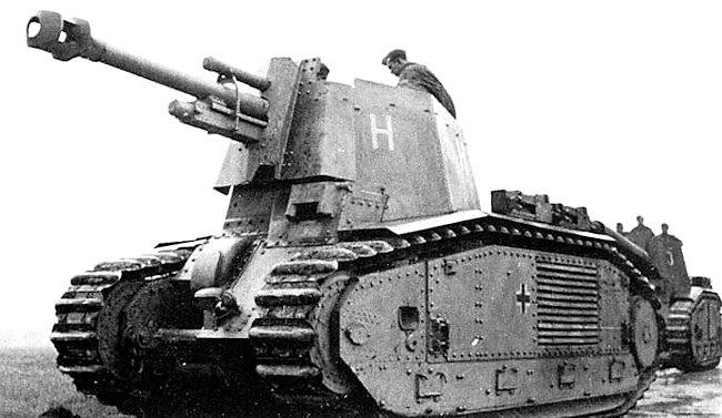 Two 10.5cm le.F.H.18/3 (Sf.) auf G.W.B2(f) self-propelled artillery guns on the move.