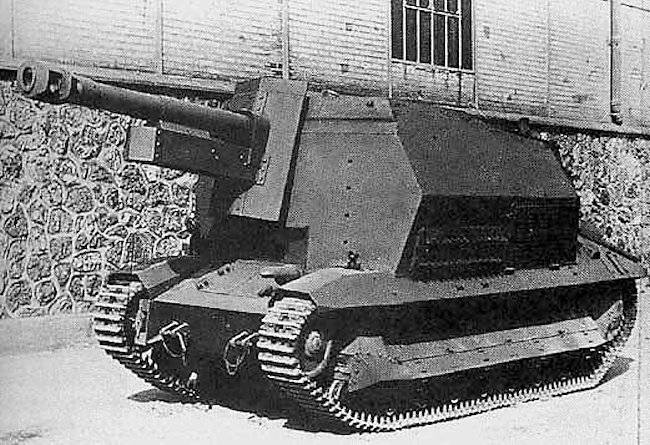 Recently manufactured 10.5cm leFH 16 (Sf.) auf GW FCM 36(f)