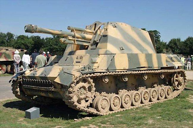 105mm-lefh-18-auf-gw-3-4.jpg
