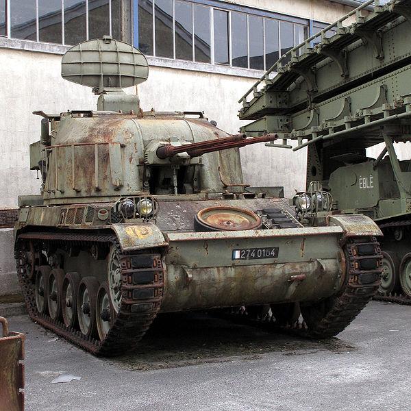 AMX-13_DCA_saumur