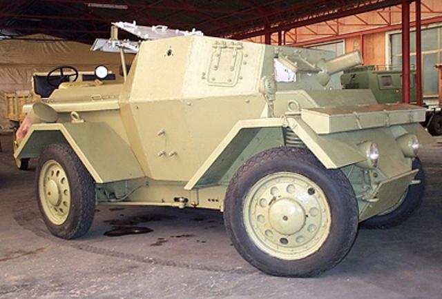 An Autoblinda Lince armored car